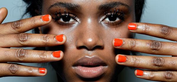 Защо мицеларната вода съсипва кожата и как да поправим това?