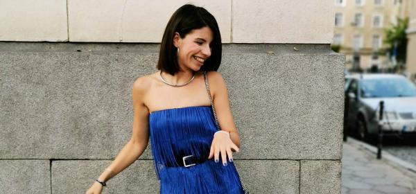 Sofia Street Style: Дивна с най-синята синя рокля