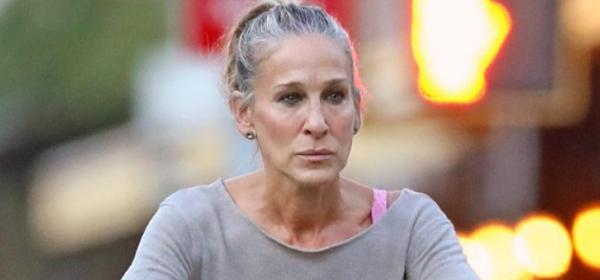 Животът след 45: Сара Джесика Паркър остави косите сиви