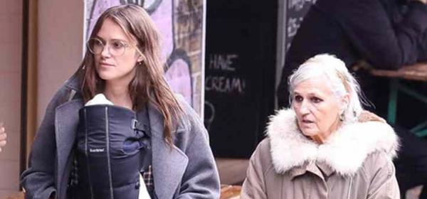 Мама и бебе: Кийра Найтли и двумесечната Дилайла