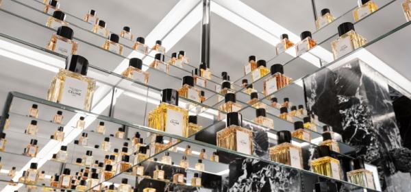Ода за Париж в бутилка: парфюмите на Еди Слиман за Celine