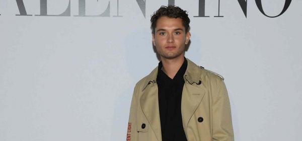 Бащичко: Рафърти, 23-годишният син на Джъд Лоу, front row на Valentino