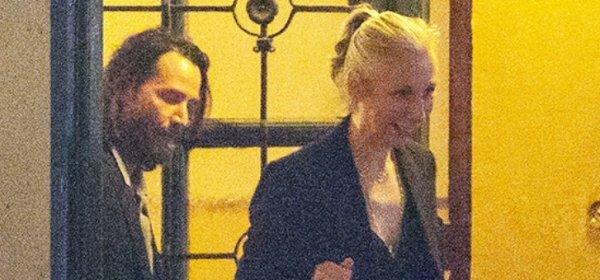 Обичта на известните: Киану Рийвс и Александра Грант в Берлин