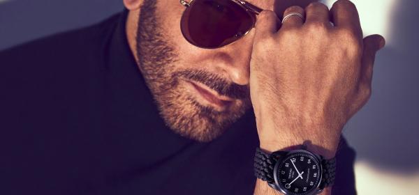 Новият часовник от Tom Ford = 35 пластмасови бутилки