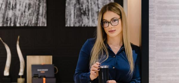 Една жена на 31: Коледна приказка с Евгения Джаферович