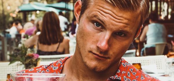 Петъчна доза секс: Александър Лудвиг на 29!