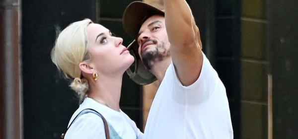 Обичта на известните: Кейти Пери и Орландо Блум на гондола във Венеция