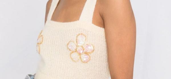 Цветя за гърдите! от Alessandra Rich
