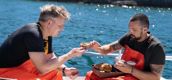 Гордън Рамзи се завръща за поредното разтърсващо  глобално кулинарно приключение