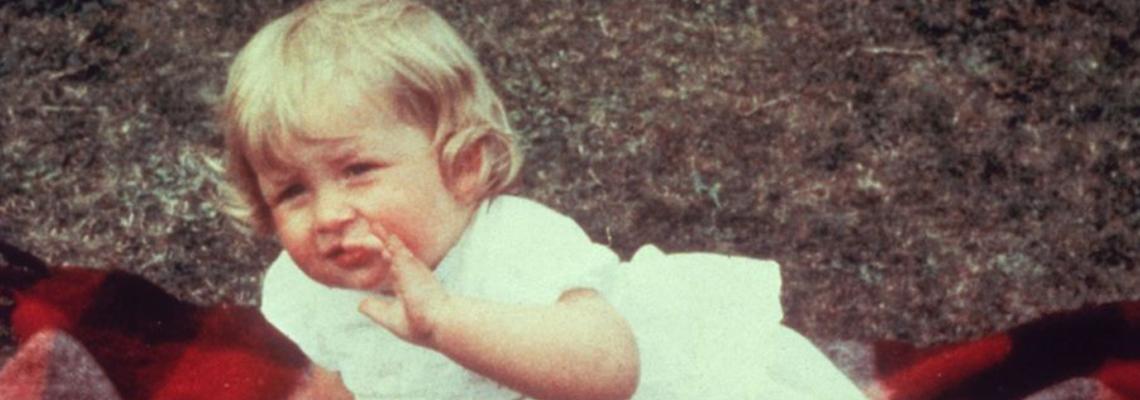 Невиждани снимки: Принцеса Даяна преди кралския живот