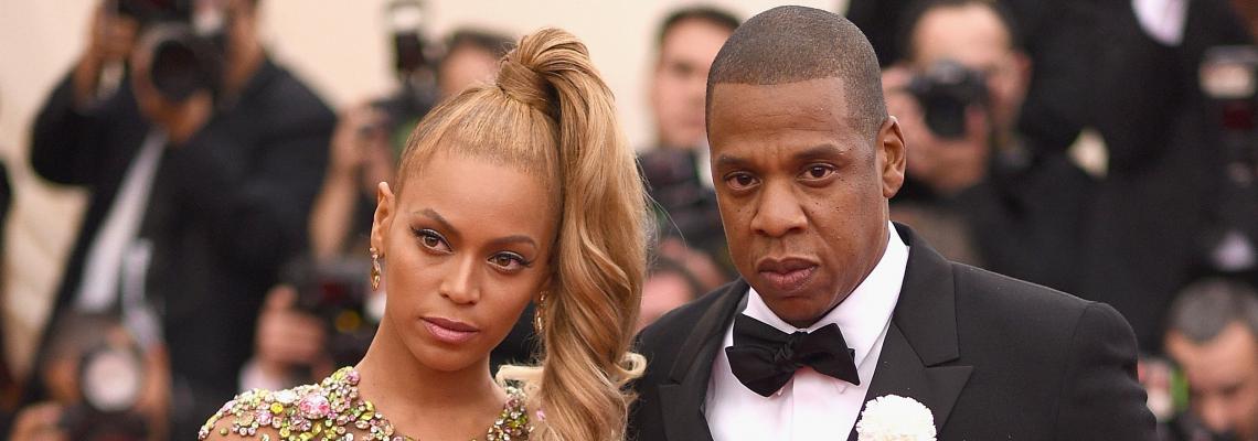 С деца на разходка...Jay Z and Beyonce