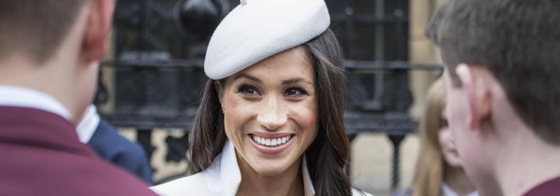 Скандал преди кралската сватба: Меган лъсна топлес!