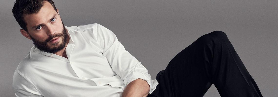 Ваканция на известните: Петдесетте нюанса Капри на Джейми Дорнан