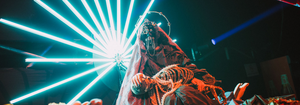 Cadenza Vagabundos за десетия Хелоуин с Yalta Club в Арена Армеец