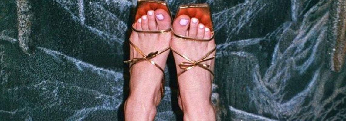 Trend report: Може да е март, но сънуваме strappy сандали
