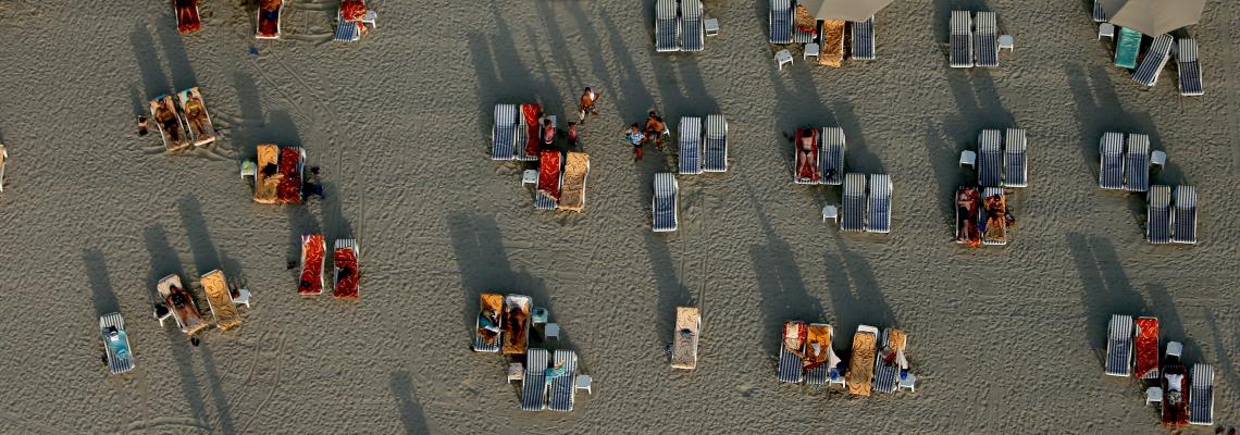 Миналото: плажът - София Лорен, Джейн Бъркин, Мик Джагър и те на него