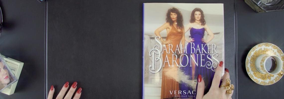 Кой как избра да се рекламира: коледната мелодрама на Versace