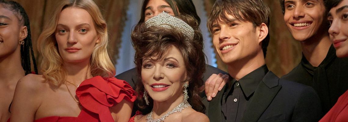Кой как избра да се рекламира: Джоан Колинс е Дядо Коледа за Valentino