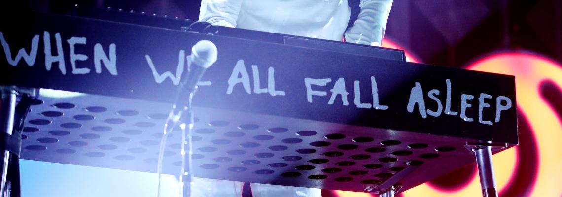 Billie Eilish ще изпълнява водещата песен