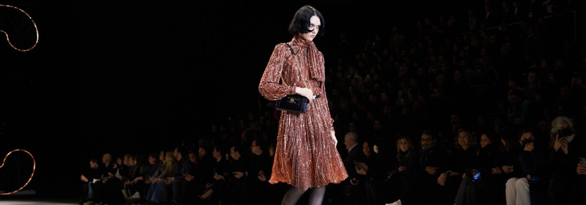 Best of Front-Row: Карла Бруни - веднъж супермодел, завинаги супермодел