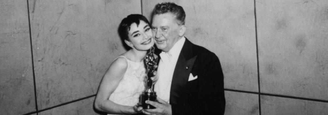 От Мерилин Монро до Анджелина Джоли: 10-те най-красиви звездни рокли в историята на Оскарите