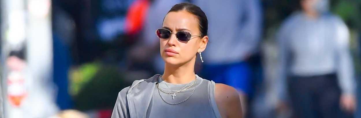Уличният стил на звездите: Ирина Шейк по анцуг и ботуши на ток
