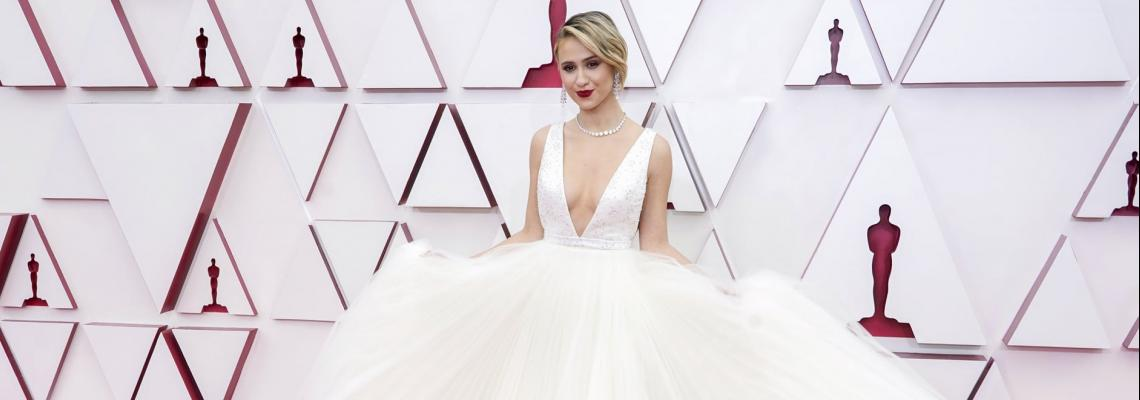 Оскари 2021 - Най-красивите рокли на вечерта и 10/10 за Мария Бакалова