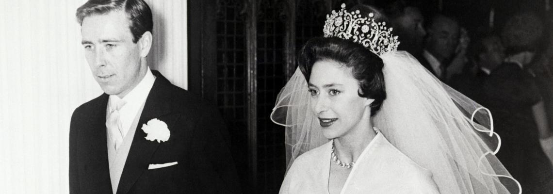 Роклята на принцеса Маргарет, най-вдъхновяващата сватбена одежда в историята