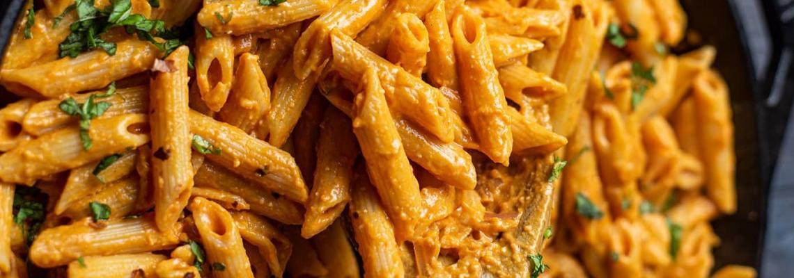 Рецептата на Джиджи Хадид за Pasta alla Vodka, която (буквално) възпламени Tik Tok