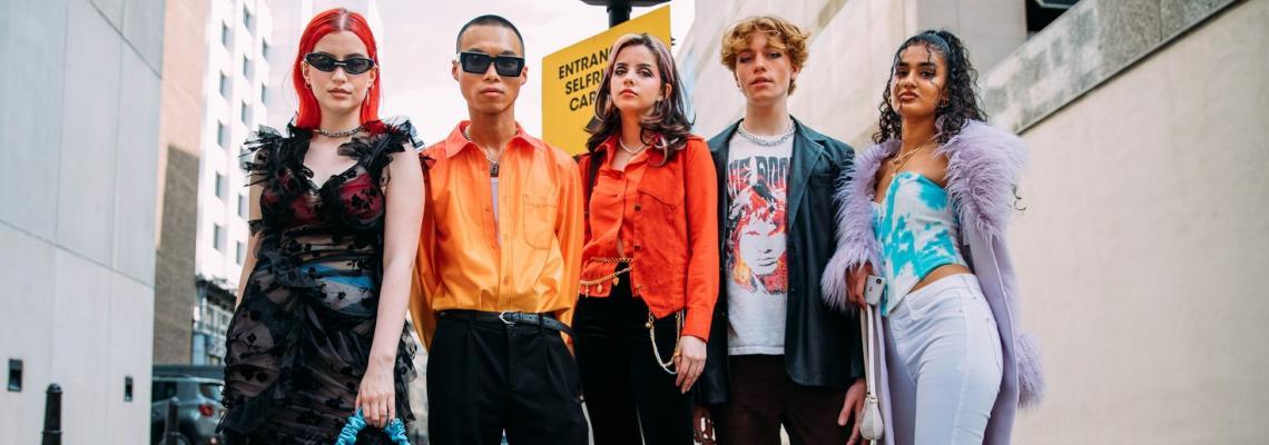 Street Style вдъхновения: 229 кадъра от Модната седмица в Лондон