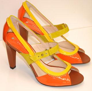 <p><strong>Обувки в оранжево и жълто<br />Celine, бутик Kult Look, 775 лв</strong></p>