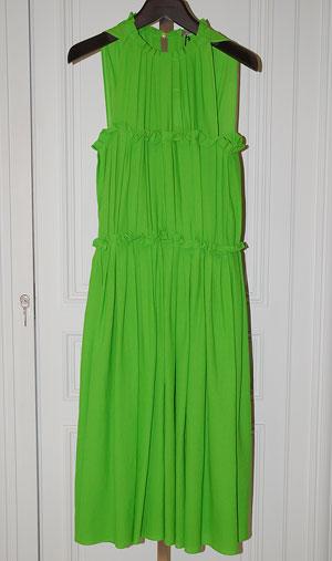 Рокля в яркозелена рокляBottega Veneta, бутик Garde robe,цена при поискване