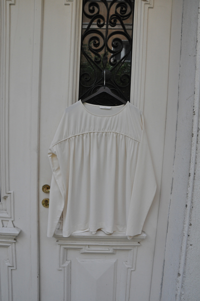 Млечна блуза COSViewSofiaShop