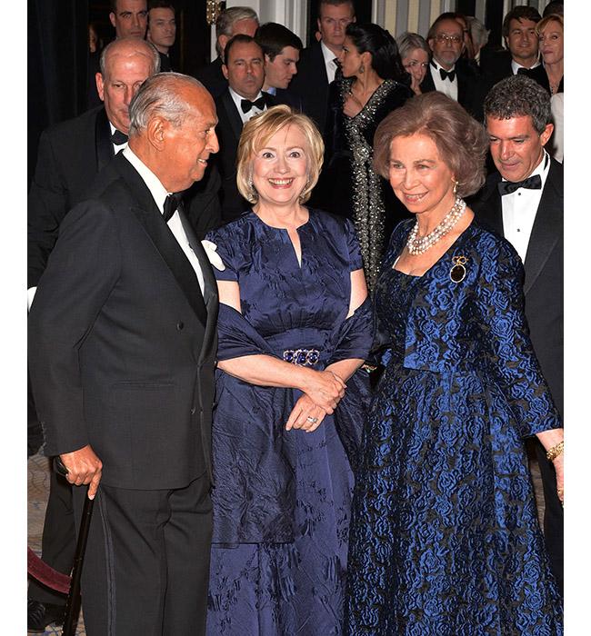 Оскар де ла Рента, Хилъри Родхъм Клинтън и Нейно Величество Кралица София на Испания, 2013