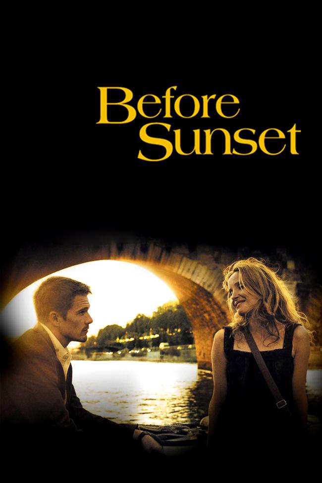 """Before Sunset,2004 В част втора Итън Хоук и Джули Делпи отново събуждат магията, като се завръщат в ролите на Джеси и Селин от """"Преди изгрев"""". При първата среща на Джеси и Селин в началото на 90-те години няколкото часа, които прекарват заедно във Виена, променят живота им. Девет години по-късно светкавицата удря отново."""