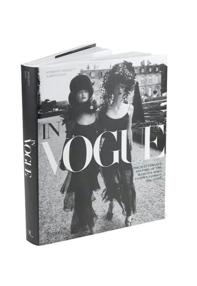 In Vogue: An Illustrated History of the World's Most Famous Fashion MagazineОтcolette.fr