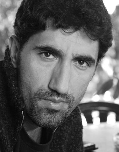 Башар РахалОще един талантлив актьор, играл и в много чужди продукции. Не е красив по общоприетите критерии, но как да отречем, че е тоооолкова секси!
