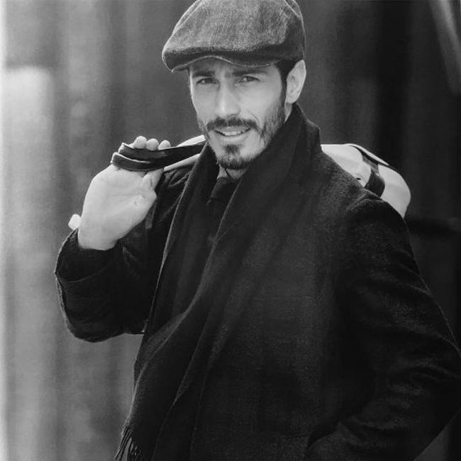 Трайко Младенов  Няма как да сте пропуснали красивото му лице, появяващо се редовно по страниците на западните медии, особено през изминалата година. Трайко е един от най-успешните български мъжки модели зад граница, а агенциите, които го представляват са Donna в Токио, JS в Сеул, I Love в Милано, Premium в Париж, Next в Лондон и Ivet Fashion в София. С такъв силен екип зад гърба си, успехът му е гарантиран!