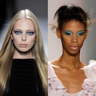 Сини сенкиОще един знак, че 80-те се завръщат. Като изключим бума на клинове и калцуни, има нещо, което отново ни навежда към мисълта за диско вълната – сините сенки  или по-скоро тоновете сини сенки. Бледи устни, елегантни дрехи, сини сенки и сте готова за диско флирт.
