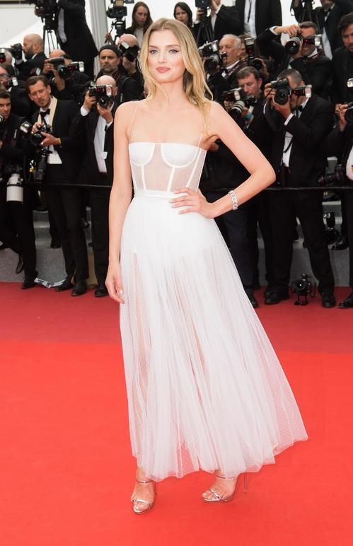 Лили Доналдсън в Dior