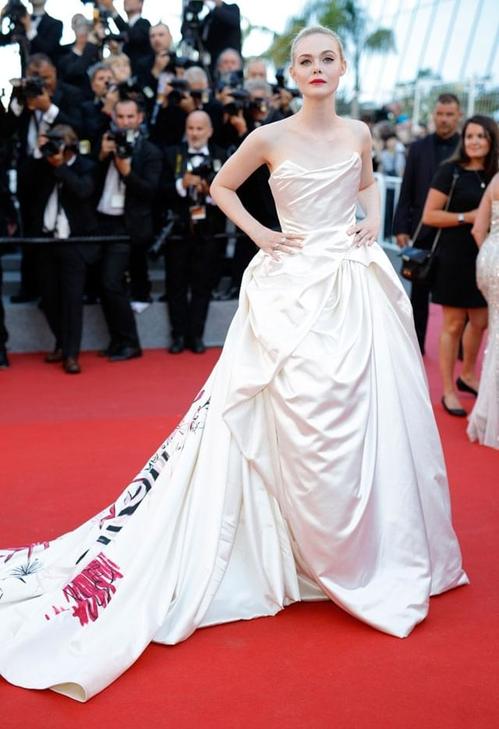 Ел Фанинг в Vivienne Westwood haute couture