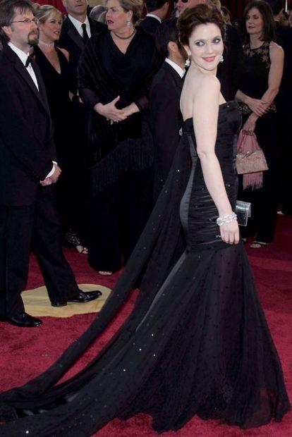 Черното Versace на Дрю Баримор през 2005 година.