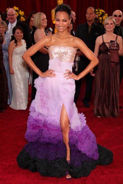 Ох, няма как да забравим това лилаво съвършенство на Givenchy Haute Couture носено от Зоуи Салдана през 2010 година.
