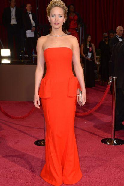 Годината е 2014, а Дженфър Лоурънс отново е в Dior!