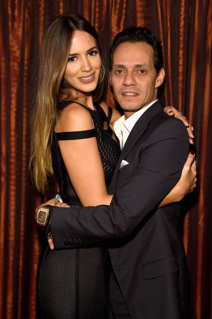 Марк Антъни и Шанън де Лима Едва 24 часа след като Джей Ло си позволи страстно да целуне бившия си съпруг Марк, през ноември, стана ясно, че певецът и гаджето му Шанън са сложили край на 2-годишната си връзка.