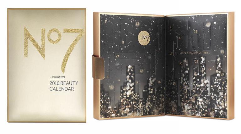 NO7 89лева Същинската цена на календара всъщност е цели  350 лева, а в него можете да откриете от крем за лице до соли за вана и различни аксесоари. Интересното е, че шест от продуктите са в оригиналния си размер.