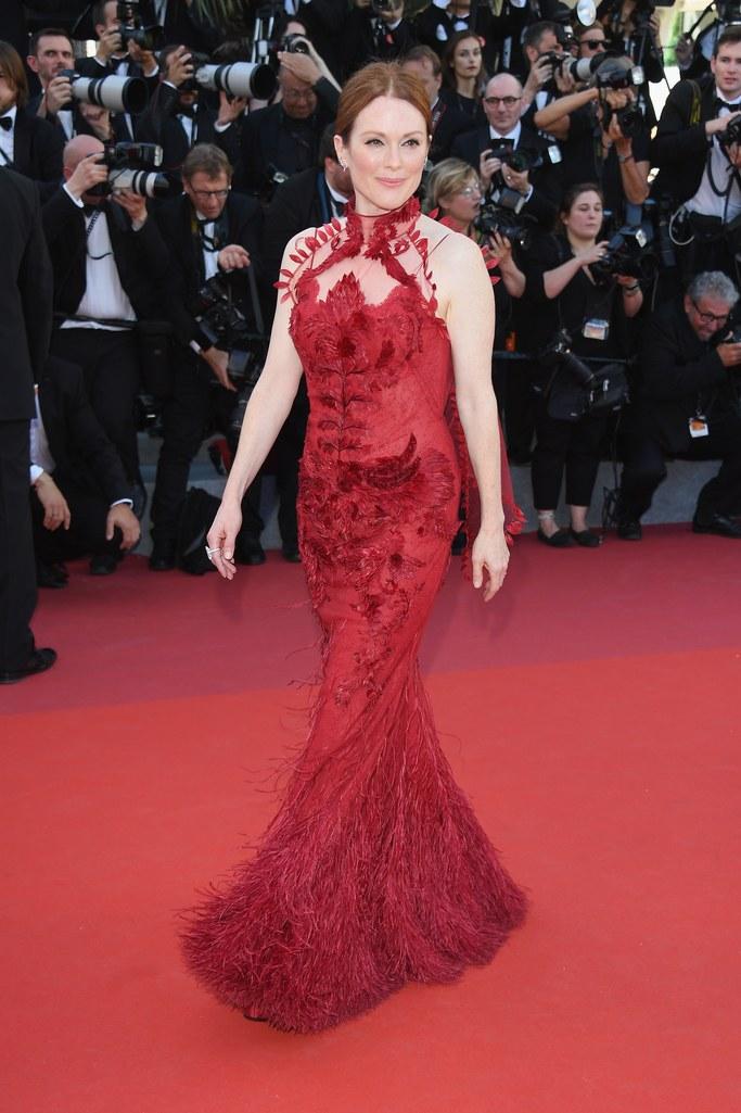 Джулиан Мур в Givenchy Couture