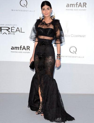 Модната фурия Джована Баталия се появи в рокля на Dolce & Gabbana