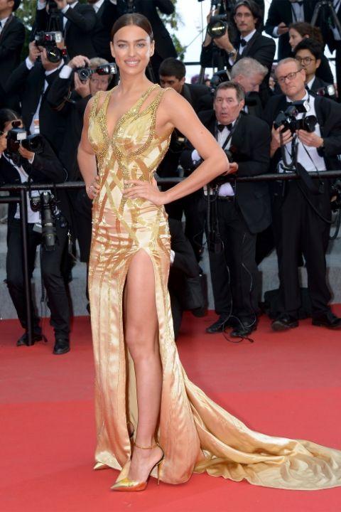 2015 Ирина Шейк в Atelier Versace