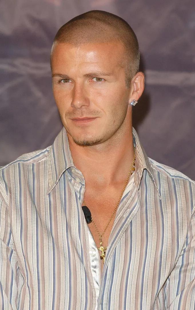2004 година